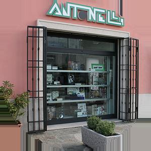 Antonelli ottica Punto vendita amelia